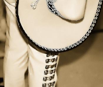 Mariachi outfit from Pensando en las musarañas