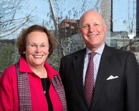 Bonnie Pitman (r) and John R. Lane (l) of the Dallas Museum of Art