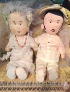 doll pair