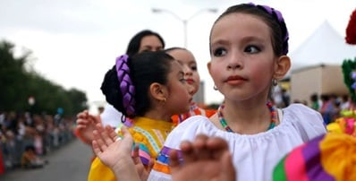 Don't miss the Cinco de Mayo Big Parade and Festival this weekend. (photo: Oak Cliff Coalition for the Arts)