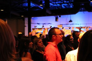 Between auctions, guests enjoy the sounds of local Dallas bands.