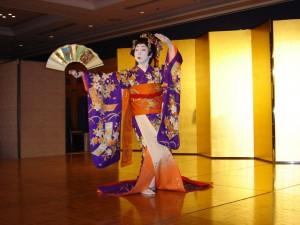 kabuki-dancer