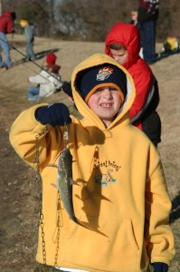 Catch a fish at the Trick-A-Trout Kid Fish in Frisco. (photo: Frisco Parks and Recreation)