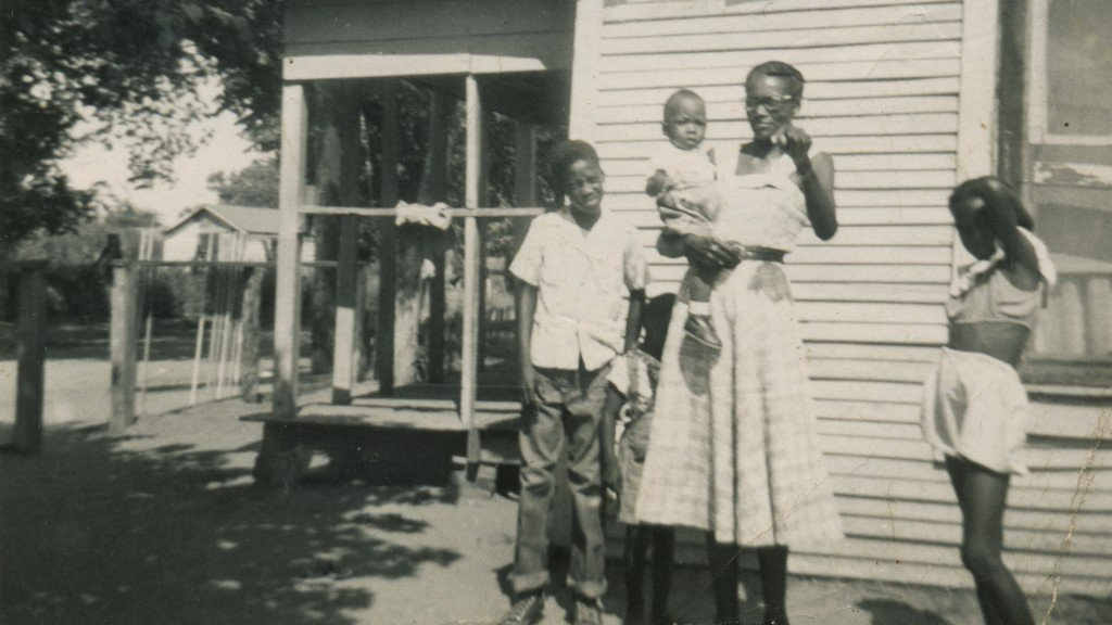 "Photo of the Ingram Family and their home in ""Bonton + Ideal"""