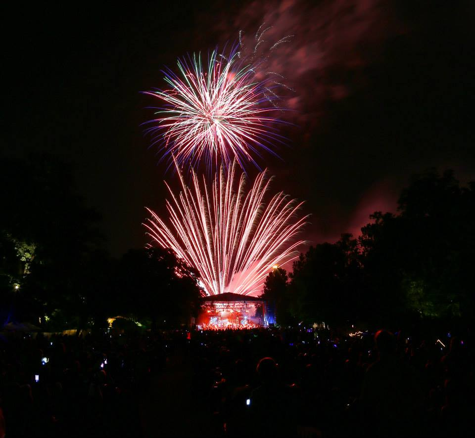 Stay for the fireworks after the concert at Concerts in the Garden. Photo: Fort Worth Symphony Orchestra
