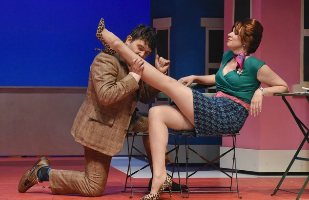 One-Man-Two-Guvnors-at-WaterTower-Theatre_141600