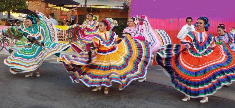 Celebrate Mexican Independence Day at a Fall Block Party in the Dallas Arts District. Photo: Anita N. Martinez Ballet Folklorico.