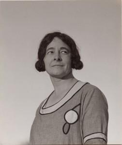 Alfred-Stieglitz-Ida-OKeeffe-1924-gelatin-silver-print-Collection-of-Michael-Stipe.jpg