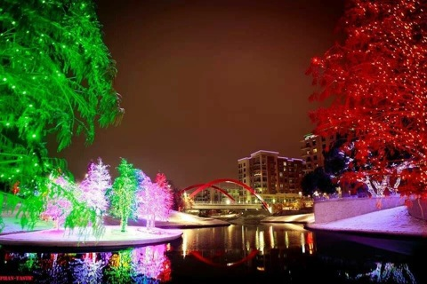 Now is the perfect time to enjoy area light displays. (Photo: Vitruvian Lights)