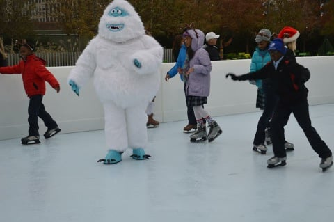 No telling who you might meet at the rink at Klyde Warren Park.  (photo: Klyde Warren Park)