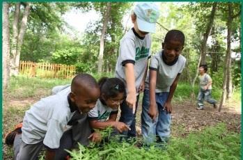Explore outdoors at Camp Cedar Hill. (photo: Dogwood Canyon Audubon Center at Cedar Hill