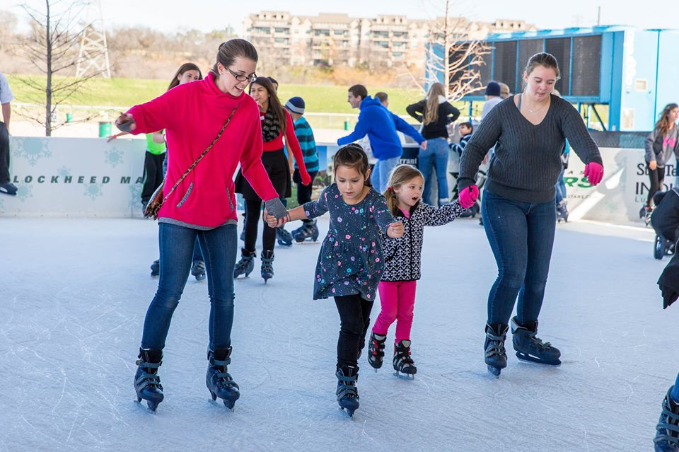 Hold on tight! It's slippery! Photo: Trinity River Vision Authority