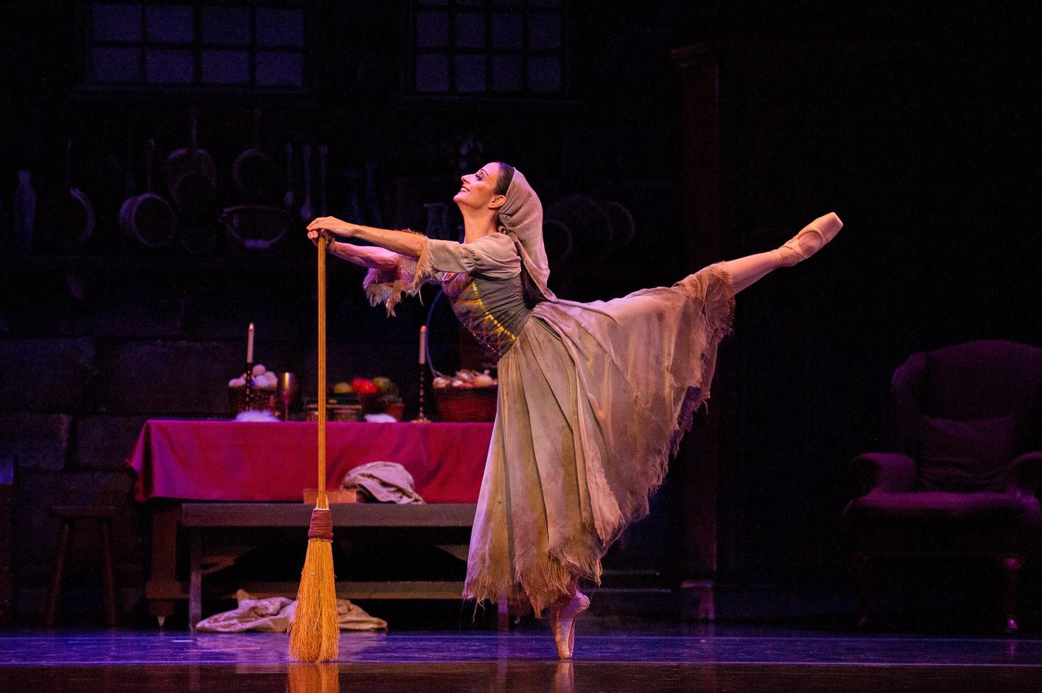 TBT's Cinderella (Photo by Ellen Appel)
