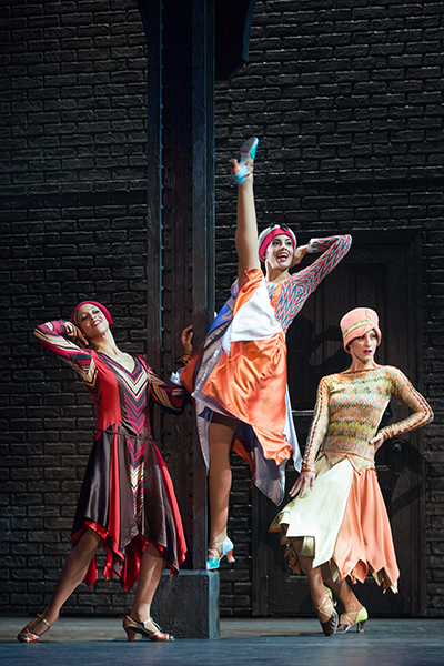 Kaylee Olson, Carissa Fiorillo and Elizabeth Dugas (The Atta- Girls) in the North American tour of the hit musical comedy BULLETS OVER BROADWAY (Photo: Matthew Murphy)