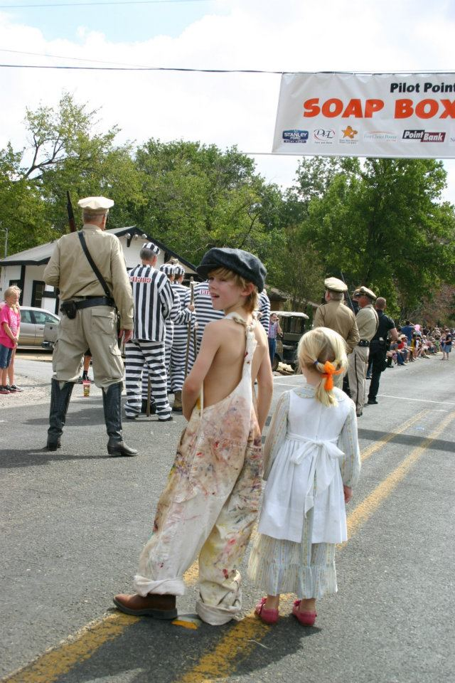 Step back in time this weekend at Bonnie & Clyde Days. Photo: Bonnie and Clyde Days