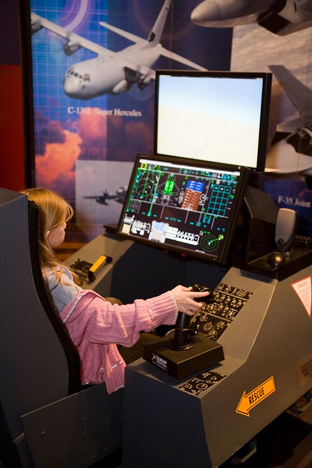 Learn to fly a jet on a simulator at Engineer's Week 2017. Photo: Fort Worth Museum of Science and History